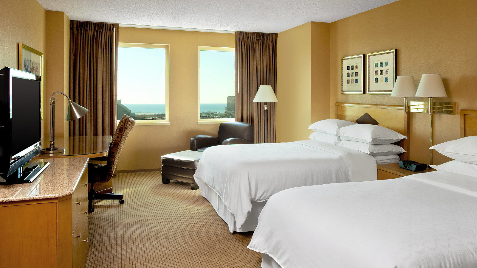 Atlantic City Accommodations | Traditional Guest Room